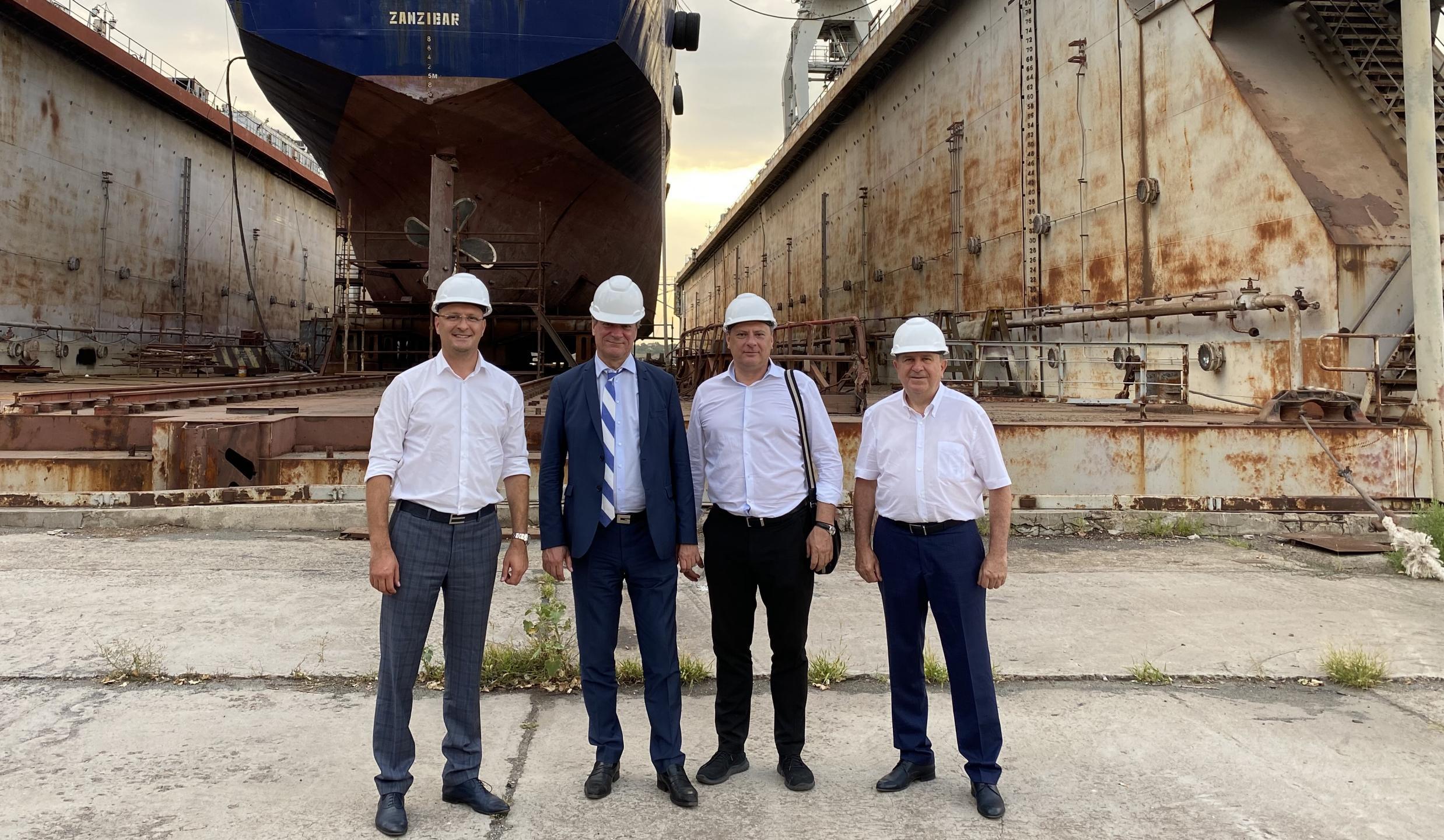 Minister of Strategic Industries of Ukraine, Oleg Urus'kyi has visited the shipyard Ocean